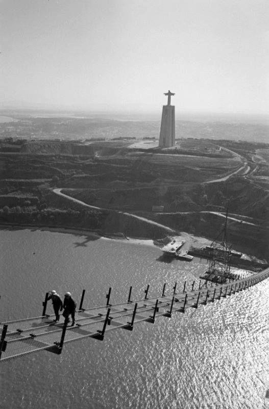 Construção da Ponte sobre o Tejo, 1963
