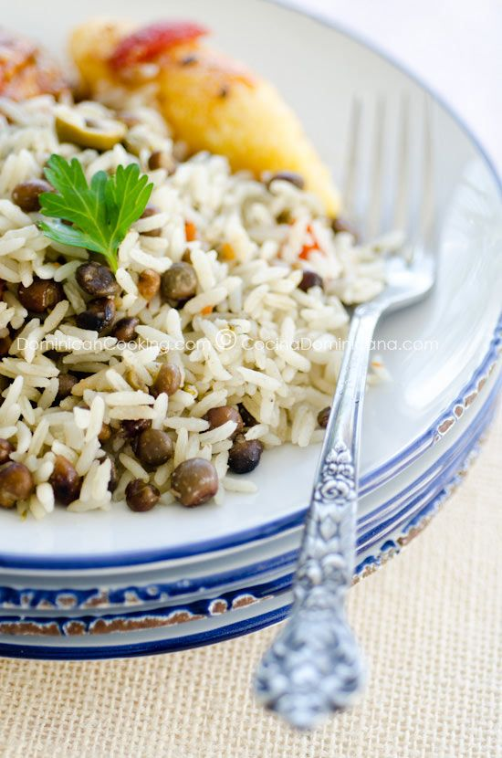Moro de guandules con coco (Rice, Pigeon peas, and Coconut).  A little different than the traditional Carribean version:  it has capers and olives.~Kalani~