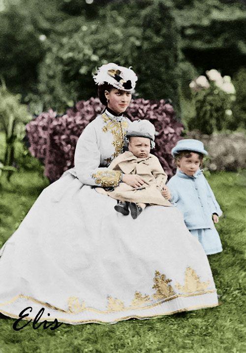 Princesse Alexandra de Galles avec ses fils les princes Georges et Albert-Victor  by vanessutza.deviantart.com on @deviantART