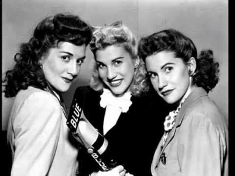 The Andrews Sisters  : Chattanooga Choo Choo