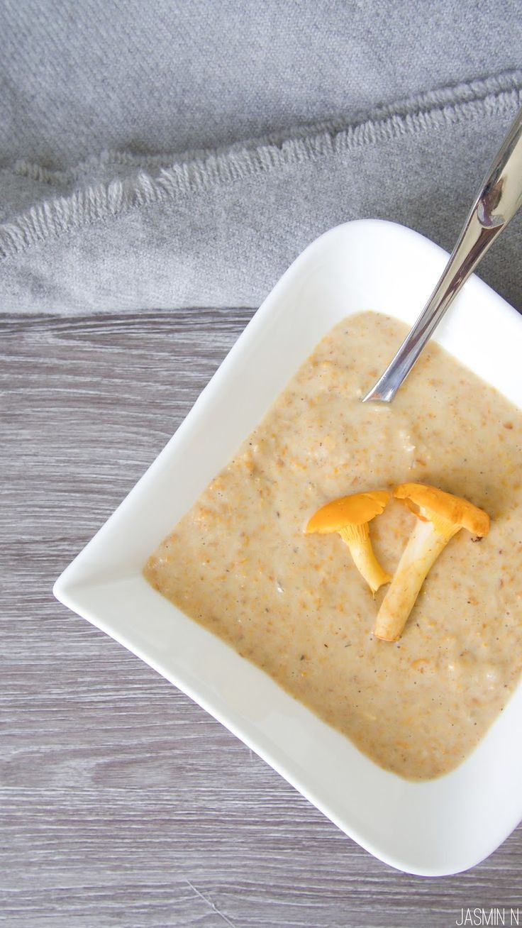 LITTLE THINGS WITH JASSY: CHANTERELLE SOUP