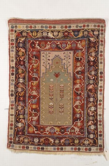 Melas Prayer Rug, Southwest Anatolia, late 19th century,  5 ft. 3 in. x 4 ft.   | Skinner Auctioneers Sale 2347
