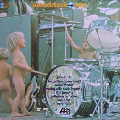 Risultato della ricerca immagini di Google per http://1.bp.blogspot.com/-LoFOzIHT0CM/Tj--ptk1HEI/AAAAAAAAC_Y/7-PSTlMfYJ4/s400/Woodstock%252BTwo.jpg