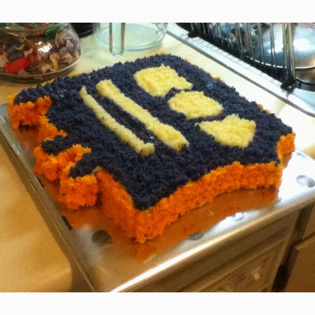 17 Best Ideas About Detroit Tigers Cake On Pinterest