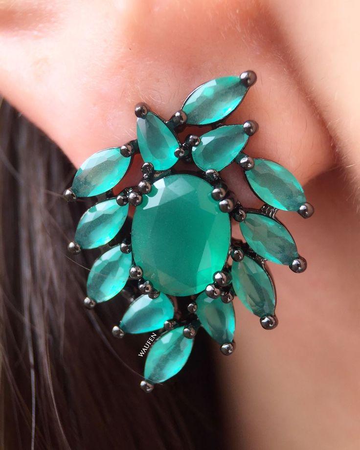 Compre Brinco com zirconias esmeralda e banho de rodio negro semi joias na Waufen ✓ Semjoias Finas ✓ Ótimos Preços ✓ Entrega Rápida e Segura ✓ Pgto em até 12 Vezes