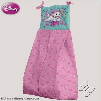 Pañalera o portapañales de Disney Aristocats Marie Arcoiris en Rosa. Accesorios, Cobijas y Juegos de Cuna para Bebés. Nuevos diseños de mantas y cobijas para bebé, edredones para cunas y pañaleras para que tu bebé duerma seguro y comfortable. Todos los accesorios, cobijas y juegos de cuna para bebés cuentan con el respaldo y la calidad de Intima Hogar.