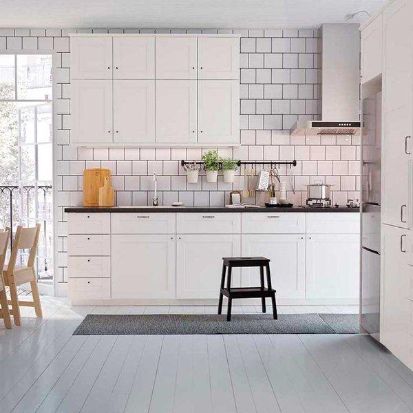 Una cocina en blanco para que dure siempre     + info: finquesmarcel@finquesmarcel.com  ☎ 938791767 - 938793109 / www.finquesmarcel.com      http://qoo.ly/f8qdn