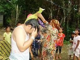 Bapapai tradition in Central Borneo
