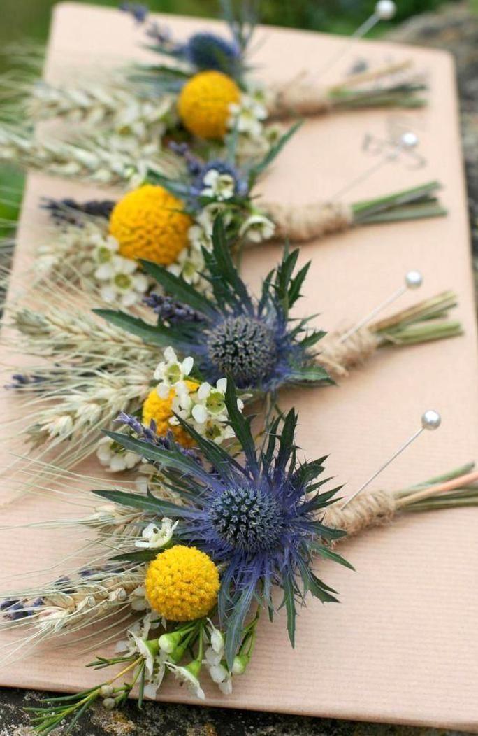 Sonnenblumen Im September Jo Und Toms Rustikale Farm Hochzeit Ideen Blog Sonnenblumen Im In 2020 Yellow Wedding Flowers Rustic Farm Wedding Purple Wedding Flowers