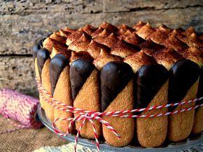 La torta tiramisù, una deliziosa alternativa al classico tiramisù preparato con i savoiardi.   Una versione costituita da strati di soffice pan di spagna