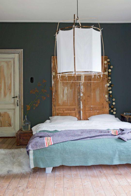 interior   minimal eclectic bedroom