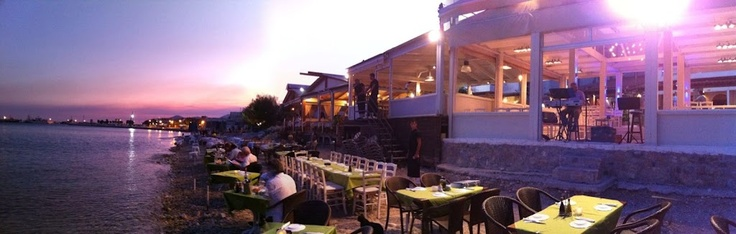Have your dinner right in front of the sea, in Faros Fish Restaurant