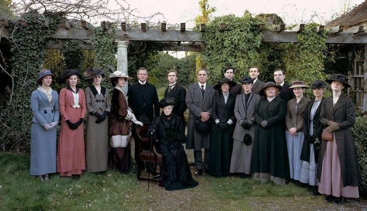 Downton Abbey: Downtonabbey, Seasons, Fans, Stars Trek, Downtown Abbey,  Academic Robes, Downton Abby, Photo, Downton Abbey