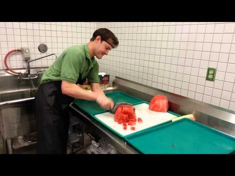 How To Cut A Watermelon In 21 Seconds | How To Cut A Watermelon In 21 Seconds