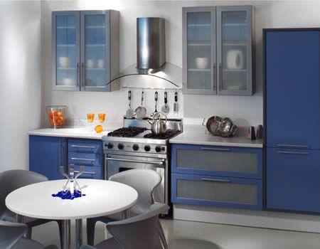 Tips para la Decoración de Cocinas Pequeñas - Para Más Información Ingresa en: http://fotosdecasasbonitas.com/tips-para-la-decoracion-de-cocinas-pequenas/
