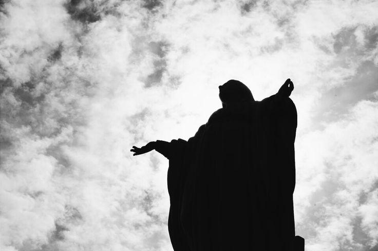 Day XXIII | Pray.  Virgen del Cerro San Cristobal.