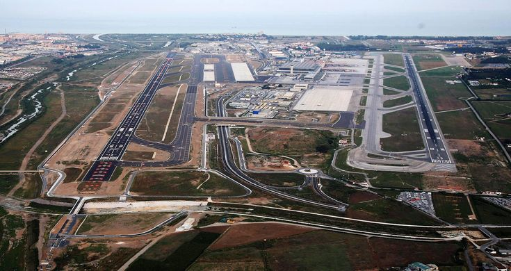 malaga airport with second runway
