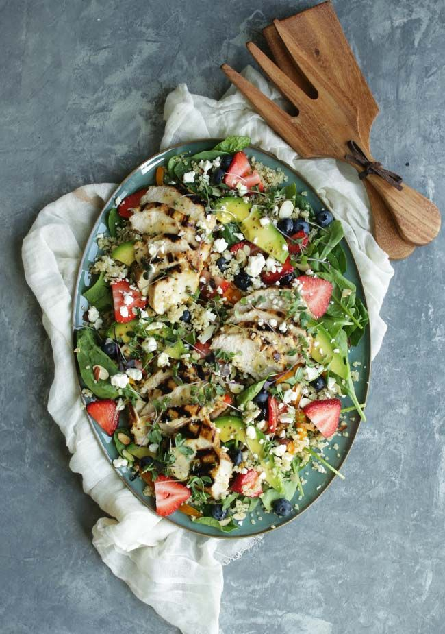 Spinach and Strawberry Salad with Grilled Lemon Chicken, Blueberries ...