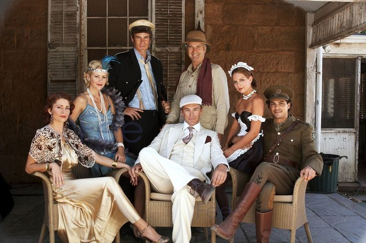 McLeod's Daughters dressed up for the murder mystery - Stevie, Jodi, Alex, Dave, Terry, Kate and Matt/Rob