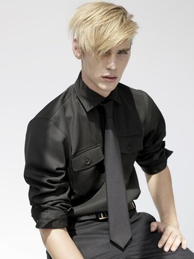 Jeremy Dufour フランス出身のモデル。