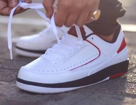 Urban Fashion Styles, Air Jordan Retro, Air Jordans, Plans, Hip Hop, Bench,  Chicago, First Time, Bass