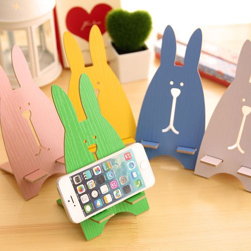 Take a stand to offer affordable stuff for mobile phone users with these Mobile Phone Stands.  Hot selling, these items are all fit for your awesome shop and only cost you less than $1 per piece.