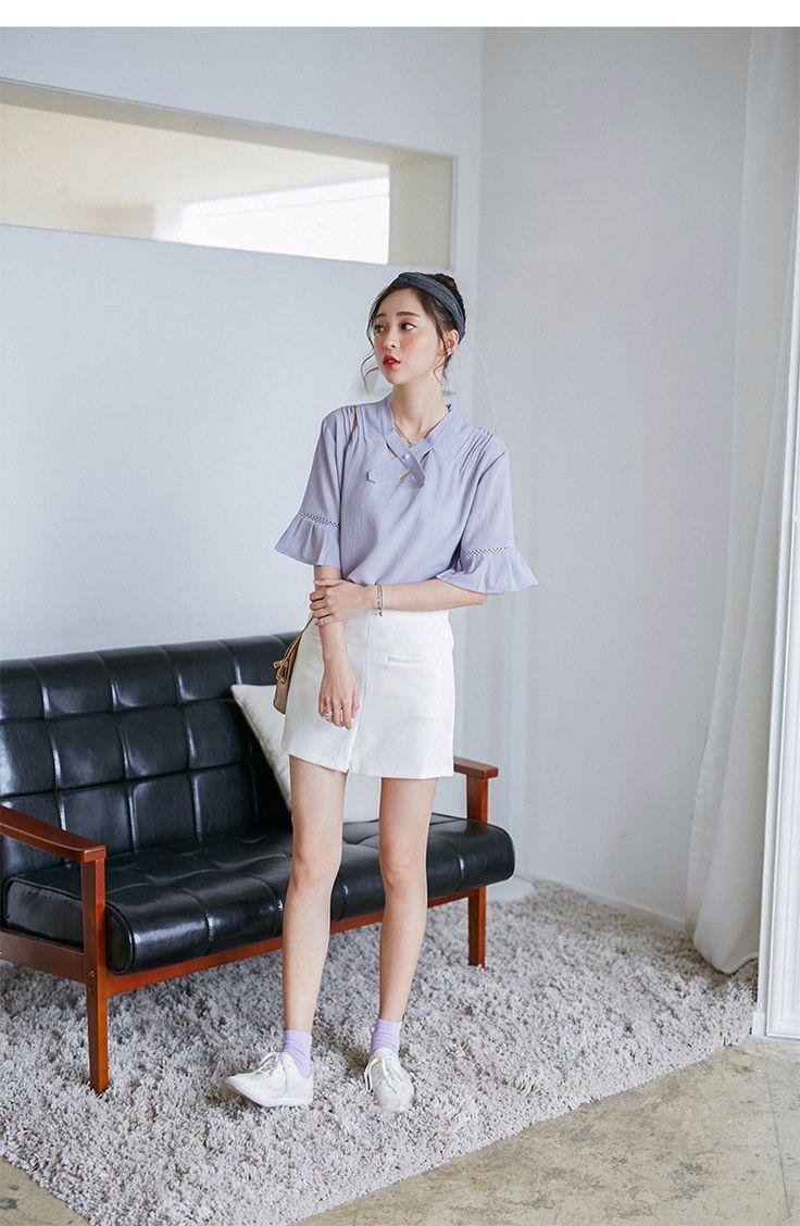 Korean fashion V-neck lotus sleeve chiffon shirt