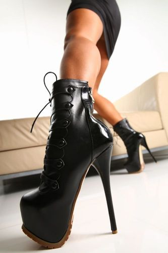 ankle boots boots and gianmarco lorenzi on pinterest. Black Bedroom Furniture Sets. Home Design Ideas