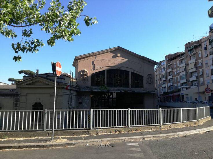 Deposito Littorio dell'ATAG (Azienda Tramvie Autobus del Governatorato) a San Paolo - Roma