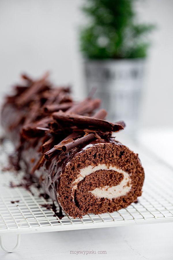 Rolada czekoladowa z kremem kasztanowym