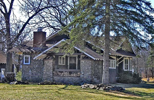 Arts and Crafts Style Homes Stone