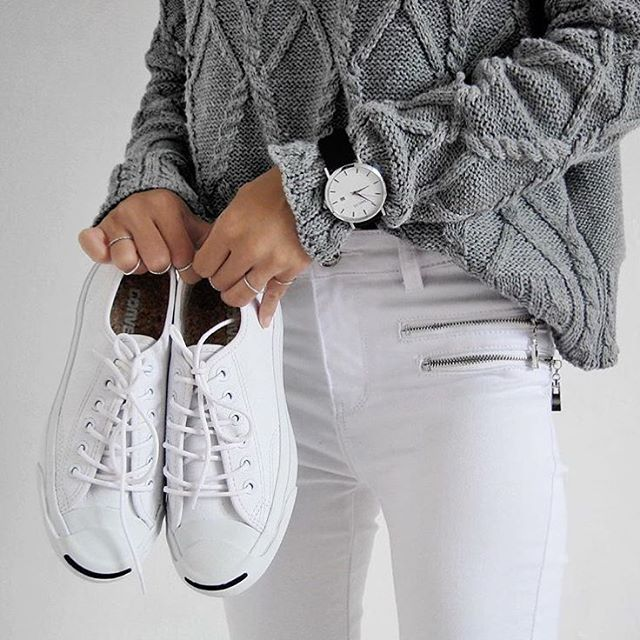 All white. Minimal sneaker style.                                                                                                                                                      Mais