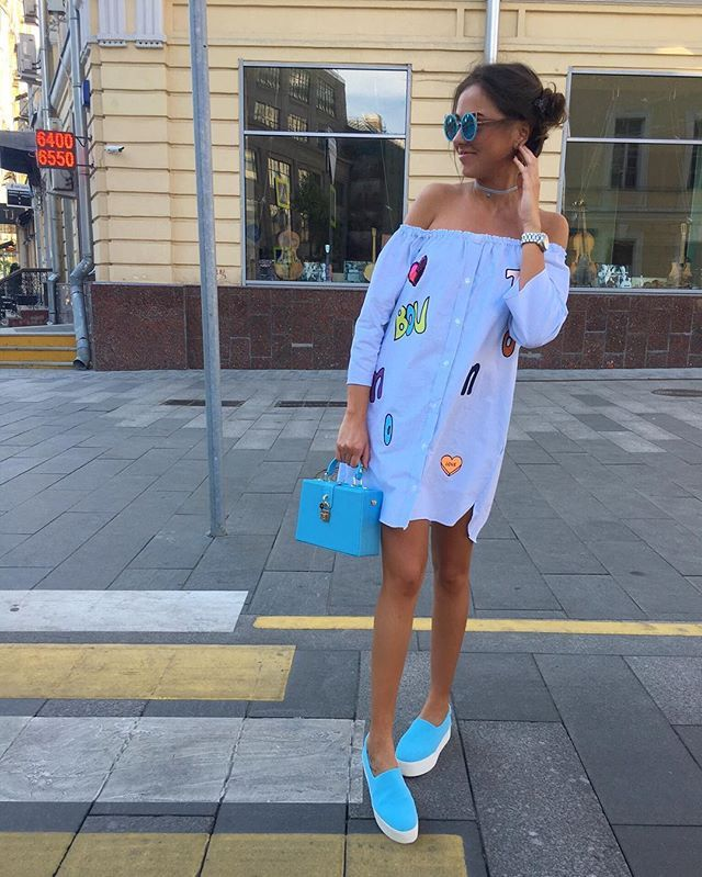 New💎 Бомбическое Платье/Рубашка открытые плечи 💦💦💦 Чокеры в разных цветах✨  Очки кошечки😻 слипы и чемоданчик💙💙💙 ☎️+79260464670whatsapp,Viber