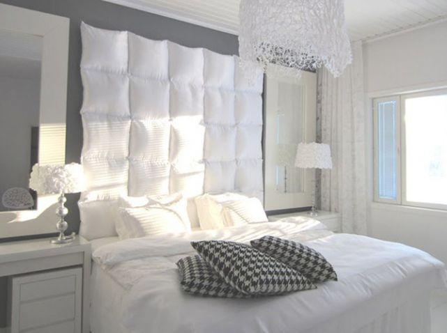 17 meilleures id es propos de lits avec oreillers sur for Housse tete de lit ikea