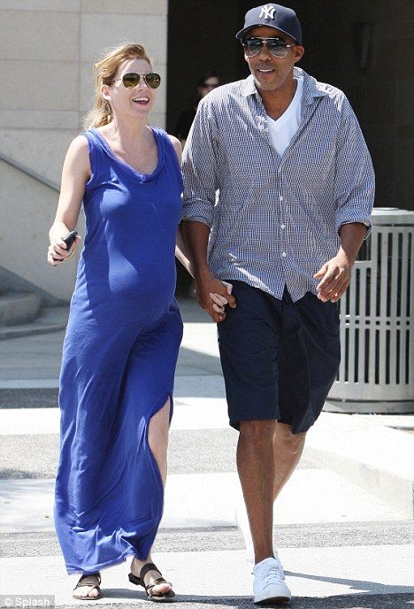 Grey S Anatomy Star Ellen Pompeo Welcomes A Baby Girl In