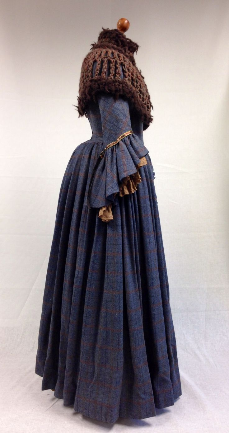 Claire's dress from Outlander. By Terry Dresbach