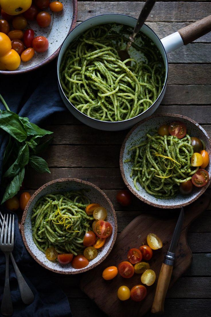 Blue apron bucatini - Bucatini Pasta With Arugula Almond Pesto And Mini Heirloom Tomatoes Vegan Very Flavorful And