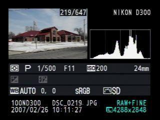 Quand on s'intéresse à la photographie numérique, on entend souvent parler d'histogramme. Visible sur l'écran arrière des reflex numériques comme dans les