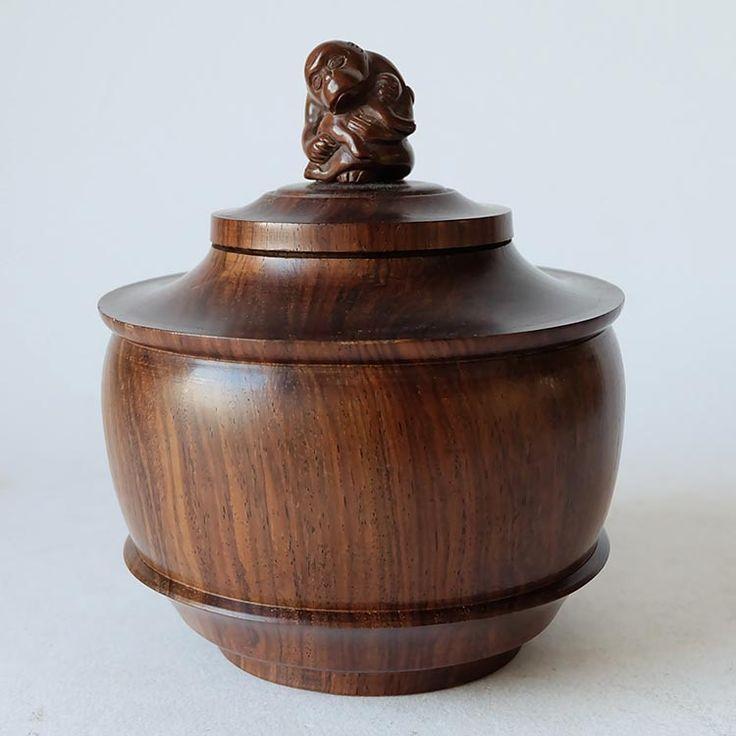 Art Deco wooden pot with monkey – Stijlvol Ingericht