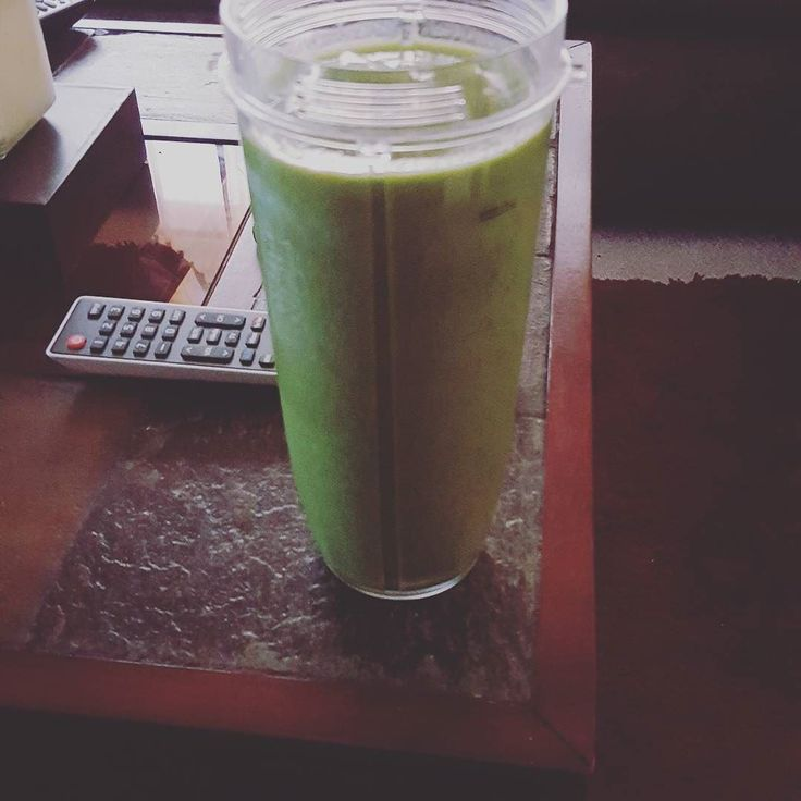 #greensmothie #goodness #peaches #yum #spinach #awesome #flaxseed #organic #blended #mango #mambo #pineapple #sweets #sexibaby #healthy #natural #boom by dillard.l