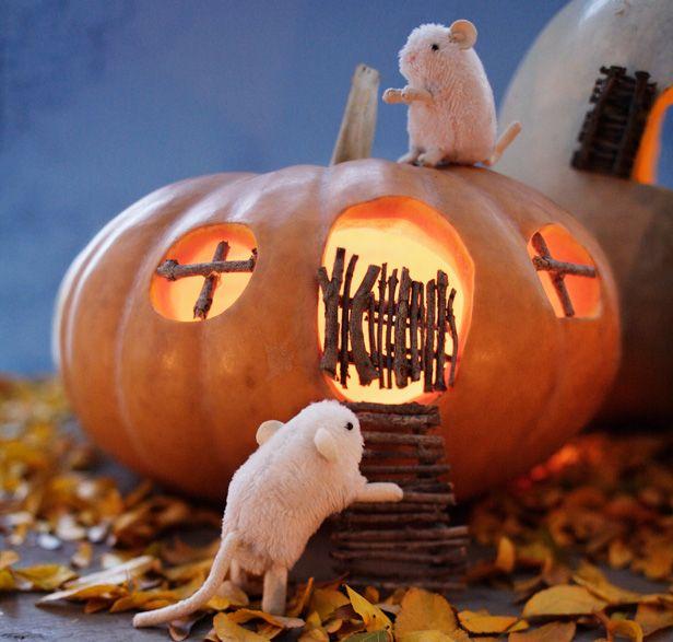 10 Creative Pumpkin Carving Ideas: Haunted mouse houses #Hallmark #HallmarkIdeas