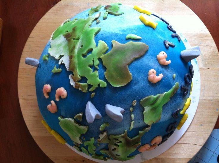 Job zijn zelf ontworpen wereldbol taart