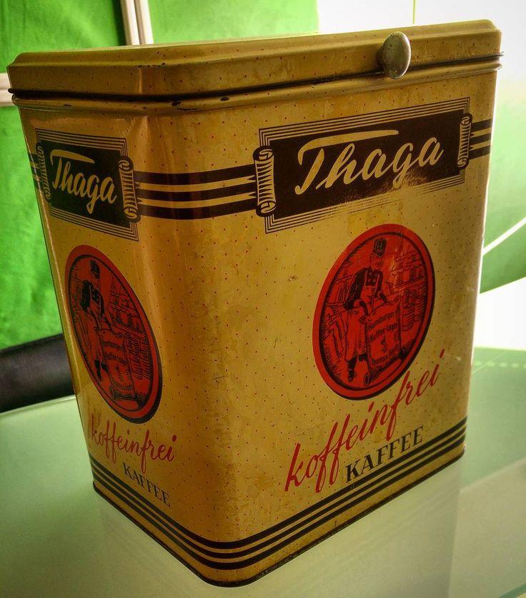 Was man so alles auf dem Dachboden findet Alte Thams & Garfs Kaffeedose für koffeinfreien Thaga wahrscheinlich aus den 60ern... #alex #kaffee #dose #thaga #thams #garfs #koffeinfrei #retro #dachboden #greenape #nord #niedersachsen
