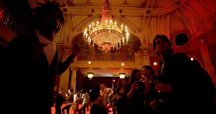 Wien bietet auch abseits des bekannten Silvesterpfades einige Möglichkeiten ins neue Jahr zu tanzen. Wir empfehlen ein paar sicher gelungene Partys.