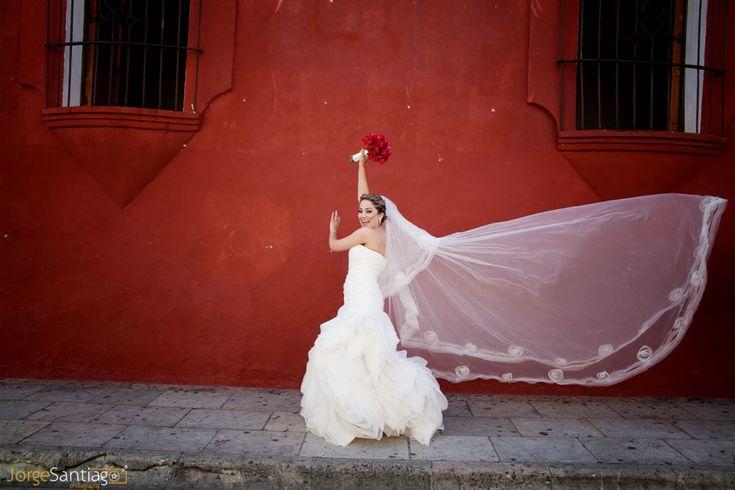 Bianca en el día de su boda en Oaxaca, México.
