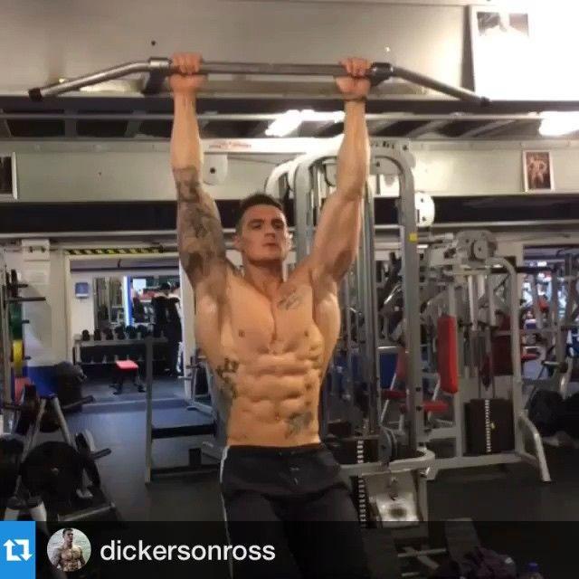 ✅✅Simplesmente PHODA! @dickersonross se não é o shape mais estético que existe, com certeza está no top 5 ! Check it Out!#Gym #FabricaGladiadores #Bodybuilding #TamoJunto #EsmagaQueCresce #NoPainNoGain #Musculação #Gladiadores #NgmPáraUmGladiador #NgmPáraUmVencedor #SeSubirDoLadoSome #WorkHard #Fitness #InstaFitness #TreinoSério #FunnyGym #ILoveGym #WorkOut #PlayHard #CompromissoÉtico #ConteúdoDeQualidade #Fisiculturismo
