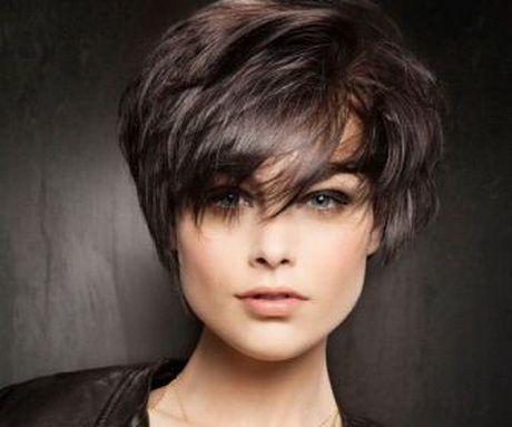 Modna fryzura dla 50 latki