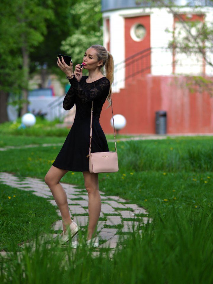 Moscow blogger by Marina Loyko : Лето в городе #fetishpantyhose #pantyhosefetish #legs #heels #blogger #stiletto #pantyhose #collant #tan