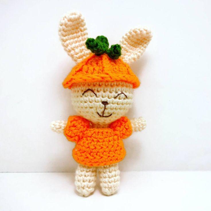 Crochet bunny with pumpkin hat.. happy halloween