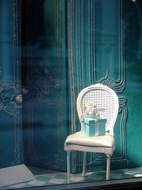 Beautiful Window Displays!: tiffany